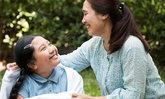 """""""กายสัมผัส"""" การดูแลที่ดีต่อกายและใจจากแม่สู่ลูก"""