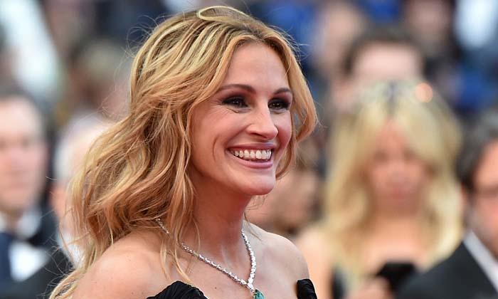 People ยก Julia Roberts เป็นผู้หญิงสวยที่สุดในโลกปี 2017