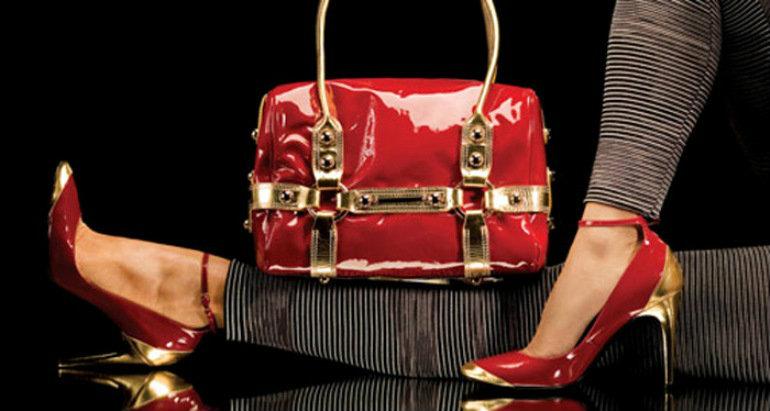 การเลือกซื้อกระเป๋าสะพายให้เหมาะกับตัวเอง