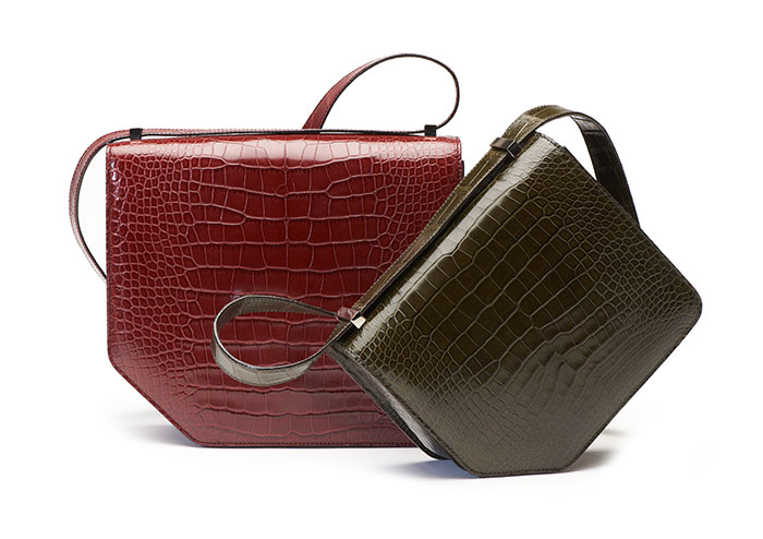 """กระเป๋ารุ่นล่าสุดจากแบรนด์บัลลี่ย์ """"เดอะคอร์เนอร์ แบก (The corner Bag)"""""""