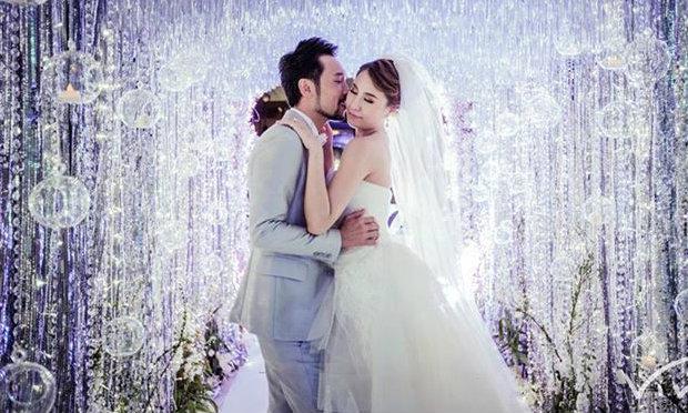 เก็บตก งานแต่งงาน ซี ฉัตรปวีณ์ ทันสมัย ไฮเทค ไม่เหมือนใคร