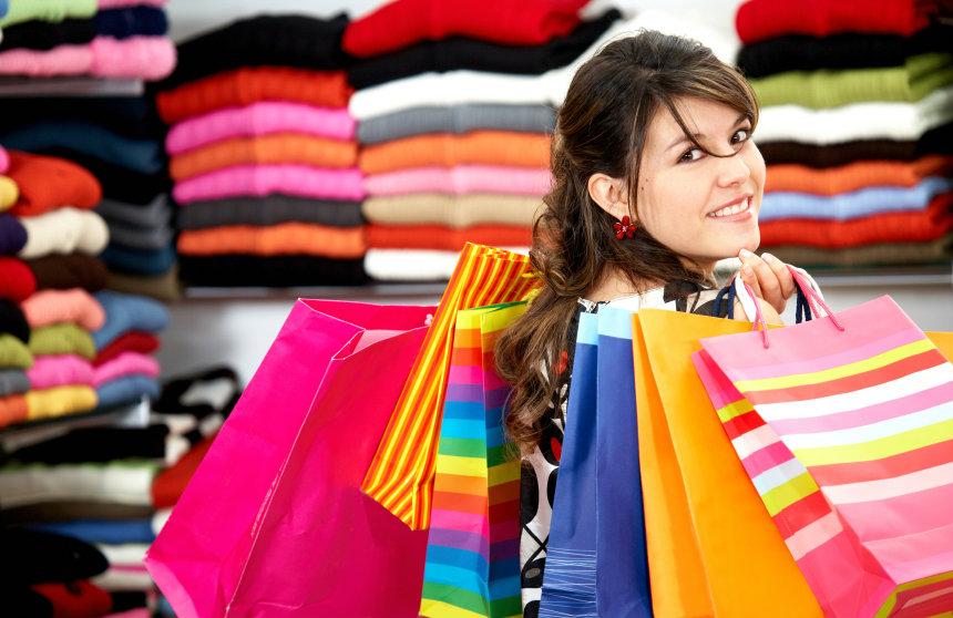 สาวๆ โปรดอ่าน!! 7 วิธีประหยัดเงินค่าเสื้อผ้า