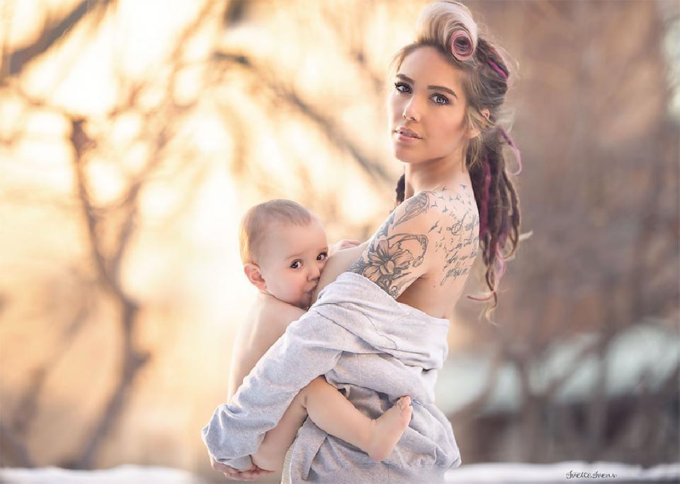 ให้นมลูกไม่ใช่เรื่องน่าอาย ภาพถ่ายแม่ลูกสุดสวยงาม