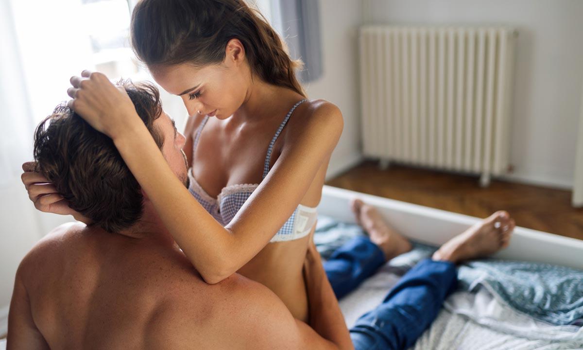 อยากมัดใจหนุ่มให้อยู่หมัด สาวๆ ต้องรู้วิธีมีเซ็กซ์ที่ผู้ชายชอบ
