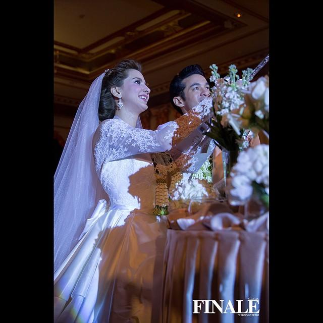 เปิ้ล ภารดี แต่งงาน พร้อม 3 ชุดแต่งงาน ที่เริ่ด อลังการเวอร์