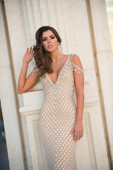 ยลโฉมเต็มๆ Paulina Vega ผู้คว้า Miss Universe 2014