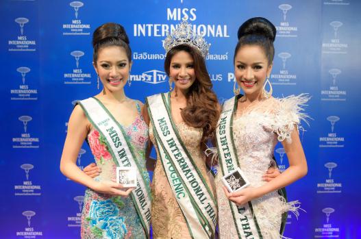 """""""ศศิ สินทวี"""" คว้ามงกุฎ """"Miss International Thailand 2015"""""""